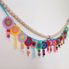 It was preatty with the bead row! Crochet Home, Love Crochet, Beautiful Crochet, Diy Crochet, Crochet Crafts, Yarn Crafts, Crochet Flowers, Crochet Projects, Crochet Bunting