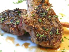 Rib of the Week: Garlic & Rosemary Lamb Lollipop Chops | The Hungry Mouse