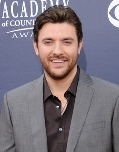 Chris Young, Chris Young arrives at the Academy of Country Music . American Country Music Awards, Male Country Singers, Academy Of Country Music, Chris Young Music, Alan Young, Angeles, Country Men, Sing To Me, Young Family