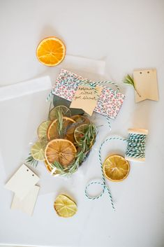 Start your spring cleaning ritual with a rosemary citrus pot simmer - or make a big batch to give as gifts or keep on hand for whenever you need one! Potpourri, Rosemary Herb, Home Scents, Manuka Honey, Lemon Essential Oils, Homemade Beauty, Earth Goddess, Spring Cleaning, Natural Skin Care