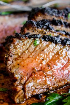 How to Cook Tri Tip (Grilled or Oven-Roasted) from The Food Charlatan. If you've never had tri tip, you haven't lived! I will show you how to cook tri tip on the grill or in the oven. It's SO easy and the flavor is unbeatable! We always had tri tip for Ch Tri Tip Steak Recipes, Beef Tri Tip, Pork Rib Recipes, Garlic Recipes, Tri Tip In Oven, Tri Tip Steak Sandwich Recipe, Tri Tip Grill, Grilled Chicken Recipes, Carne Asada
