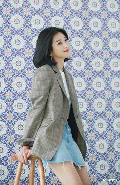 Asian Actors, Korean Actresses, Korean Actors, Fashion Poses, Fashion Outfits, Korean Celebrities, Celebs, Seo Ji Hye, Instyle Magazine
