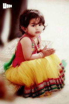 Sparkling fashion: kids with designer lehangas girl's kids fashion in Kids Indian Wear, Kids Ethnic Wear, Indian Baby, Kids Fashion Photography, Children Photography, Cute Baby Girl, Cute Babies, Baby Girls, Dresses Kids Girl