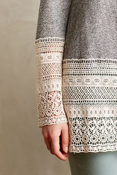 Lengthen sleeves or shirt with lace - Recessed Lace Sweatshirt anthropologie Sweatshirt Refashion, Lace Sweatshirt, Refashion Dress, Lace Sweater, Diy Lace Shirt, Diy Clothing, Sewing Clothes, Diy Pullover, Diy Fashion