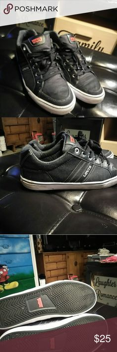 Mens Like New Levi Shoes Men's like New Levi's shoes worn handful of times size at best size 10 1/2. Black. Comfortable. Levi's Shoes Sneakers