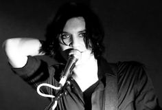 Brian Molko being beautiful, as always.