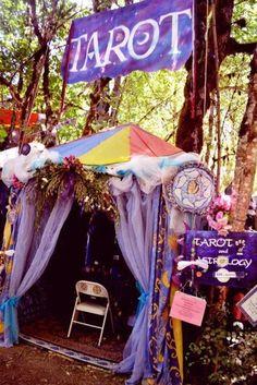 Tarot booth