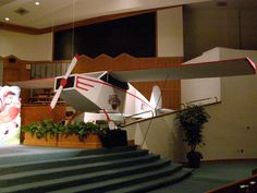 TONS of photos from churches that go ALL OUT on VBS decorating