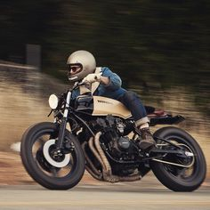 Mr. Young feeling the turns. This 1980 cb750 #meanmistermustard is actually available if anyone is interested. Email us through the website if interested.. seaweedandgravel.com photo @tomlaveuf