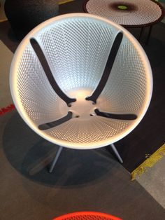 Moroso Diatom by Ross Lovegrove in zilver