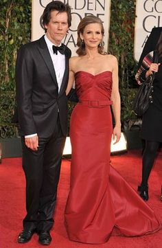 Kyra Sedgewick at the Golden Globes looking absolutely perfect in red with 'Kev.'