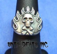 """""""Flaming Crossbones Skull Ring"""". 925 Sterling Silver Ring. -UDINC0045"""