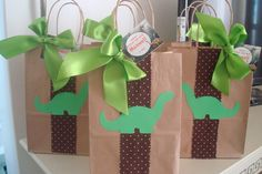 Inspire your Party ® Dinosaur Train Party, Dinosaur Birthday Party, 6th Birthday Parties, Baby Birthday, Die Dinos Baby, The Good Dinosaur, Party Decoration, First Birthdays, Party Themes