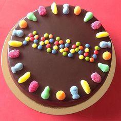 Tartas infantiles / tartas para niños / #lacasitos / tarta de gominolas / tarta de chuches