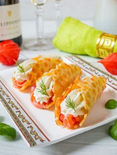 Salmon and Cheese Pie Cheese Recipe – Recipes Fresh Fish Recipes, Salmon Recipes, Baby Food Recipes, Meat Recipes, Cooking Recipes, Healthy Recipes, Russian Recipes, Best Appetizers, Food Garnishes