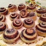 Kakaós csiga tojás nélkül   mókuslekvár.hu Cheesecake, Food, Cheesecakes, Essen, Meals, Yemek, Cherry Cheesecake Shooters, Eten