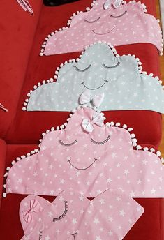 - Girl Curtains, Baby Fruit, Baby Taylor, Diy And Crafts, Paper Crafts, Felt Templates, Felt Baby, Sewing Pillows, Fabric Bags
