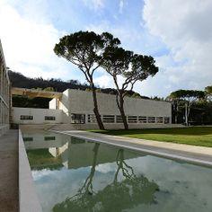 Casa delle Armi nel Foro mussolini, Rome (1933-1937) Luigi Moretti Luigi, Rationalism, Facade Architecture, Futurism, Mansions, House Styles, Cosmic, Masters, Outdoor Decor