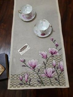 Butterfly Cross Stitch, Cross Stitch Tree, Cross Stitch Flowers, Cross Stitch Patterns, Embroidery Flowers Pattern, Flower Patterns, Quilted Table Runners, Embroidery For Beginners, Bargello