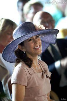 HRH Mary, Crown Princess of Denmark, Countess of Monpezat. Crown Princess Mary, Princess Style, Prince And Princess, Princess Fashion, Denmark Royal Family, Danish Royal Family, Princesa Mary, Pictures Of Princesses, Prince Frederik Of Denmark