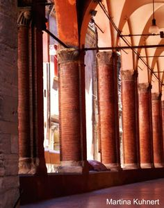 The arches are not only nice to look at, they also protect from the sun, which I really appreciate these days!