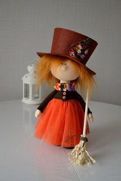 Elena Korunova's photos Dulceros Halloween, Halloween Ornaments, Halloween Decorations, Tilda Toy, Fabric Toys, Sewing Dolls, Cute Dolls, Doll Patterns, Beautiful Dolls