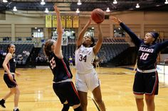 Stmu Women S Basketball Victorious In Dominant Fashion Defeating Texas A M International 72 35 Womens Basketball Basketball Athlete