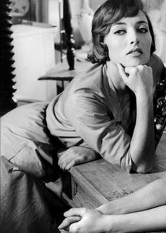 Stéphane Audran Stéphane Audran (born Colette Suzanne Dacheville 8 November 1932 in Versailles, Yvelines) is a French film and television actress, known for her performances in award-winning movies such as Le charme discret de la bourgeoisie (1972) and Babette's Feast[1] (1987) and in critically acclaimed films like The Big Red One (1980) and Violette Nozière (1978).