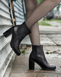 @SamEdelman   goes just a little bit grunge, adding bold lug soles to our exclusive booties. Supple stretch leather wraps around the ankle for a snug fit and a super-sleek silhouette.
