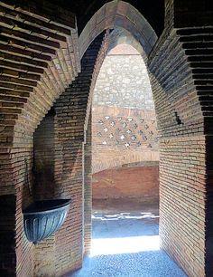 Barcelona - Nou de la Rambla 005 63 | Palau Güell 1890 Archi… | Flickr