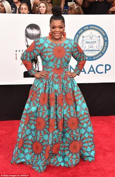 Yvette Nicole Brown from 2018 NAACP Image Awards Red Carpet Fashion The Elena of Avalor star wows fans and red carpet watchers with her designer dress. African Print Dresses, African Print Fashion, African Fashion Dresses, African Dress, African Prints, African Outfits, Ethnic Fashion, Fashion Prints, Ankara Gown Styles