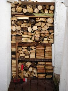 well organized firewood.