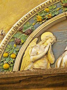File:Sant'Antonio Abate-Sant'Antonio (Andrea della Robbia) 3.jpg