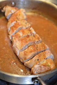 Lili popotte: Filet de porc sauce à l'orange Pork Recipes, Seafood Recipes, Crockpot Recipes, Cooking Recipes, Pork Tenderloin Marinade, Ricardo Recipe, Confort Food, Pillsbury Recipes, Pork Ham