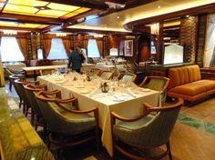 La mia crociera inaugurale a bordo di Majestic Princess Princess Cruises, Conference Room, Table Settings, Furniture, Home Decor, Decoration Home, Room Decor, Place Settings, Home Furnishings