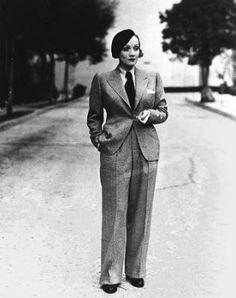 Cross dressing - Marlene tweed suit & beret
