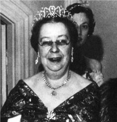 The belle epoque tiara of Princess Viggo of Denmark, seen in the previous pin. The tiara is now worn by by Lady Elizabeth Anson, cousin to Queen Elizabeth II, see next couple of pins.