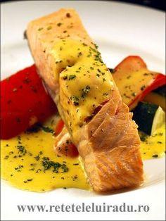Sosul olandez este unul dintre sosurile-mama ale bucatarieie clasice franceze. Este un sos delicat, rafinat, foarte gustos. De aceea este asortat cu