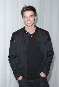 Patrick Schwarzenegger Arnold has a son? Patrick Schwarzenegger, Cute White Guys, Cute Boys, Hollywood Actor, Hollywood Celebrities, Cool Hairstyles For Men, Evolution Of Fashion, Photography Poses For Men, Midnight Sun