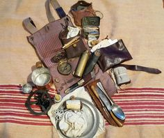 Haversack and contents. Longhunter, Bushcraft Gear, Fur Trade, Colonial America, Mountain Man, Survival Tips, Wood Watch, 18th Century, Car Organizers