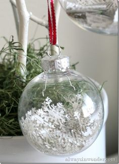 35 spectacularly easy diy ornaments for your christmas tree diy 35 spectacularly easy diy ornaments for your christmas tree diy christmas tree nature scenes and diy christmas solutioingenieria Images