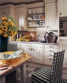Küchen: Mit dem Charme alter Zeiten - Wohnwelten - [LIVING AT HOME]