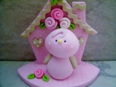 Bird - Birdhouse - Figurine