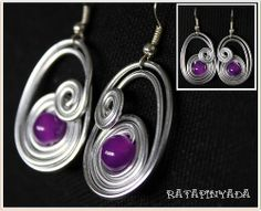 Purple Wire Earrings / Pendientes Morados en Alambre