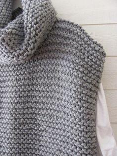 Crochet Vest Pattern, Poncho Knitting Patterns, Knitted Poncho, Knitting Stitches, Knit Patterns, Free Knitting, Poncho Sweater, Crochet Woman, Knit Crochet