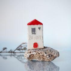 Red miniature ceramic house BE HAPPY little by VitezArtGlassDesign