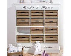 Komoda na obuwie z serii Provance, szuflady skrzynie, matowa biel z przecierką, naturalne drewno.