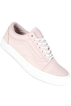 9 Best Skate shoe images Skatesko, joggesko, sko  Skate shoes, Sneakers, Shoes