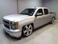 Custom Chevy Trucks, Classic Chevy Trucks, Chevrolet Trucks, Gmc Trucks, Chevrolet Silverado, Cool Trucks, Pickup Trucks, Dropped Trucks, Lowered Trucks