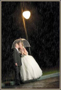 #aZebraWedding #PhotoFinishArtPhotography #wedding #NorthgateCountryClub #morilee #M2MilanBridal #realbrides  http://www.northgatecountryclub.com/weddings